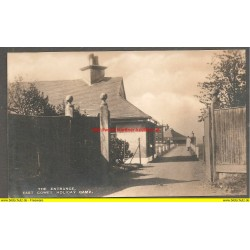 AK - The Entrance, East Cowes Holiday Camp. (GB)